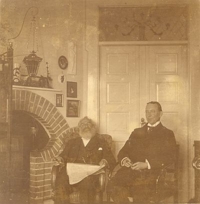 Lawyer Jørgensen and dr. Viggo Christensen in Villa Mafolie